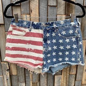 Bullhead womanl denim jean shorts American flag 28